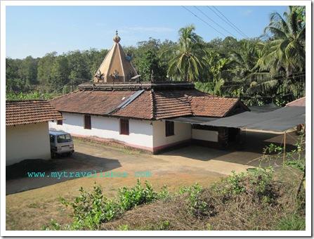 Gante Ganesha Temple - Yellapur